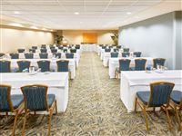 Conference Room Carnation - Ala Moana Hotel by Mantra