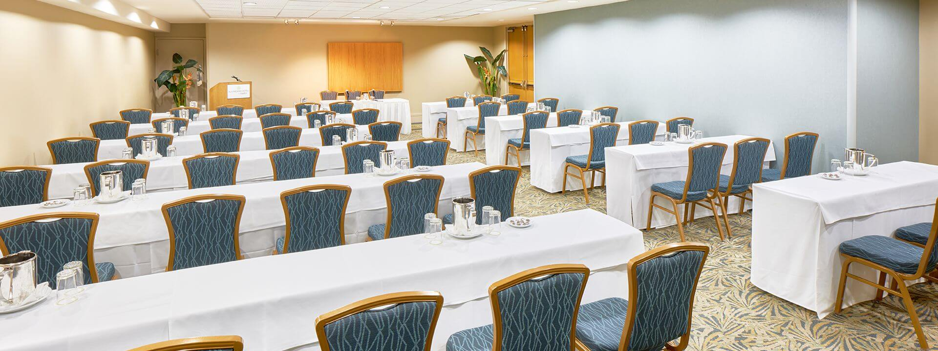 Ala Moana Hotel Events Venues Rooms Carnation